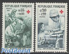 Red Cross 2v